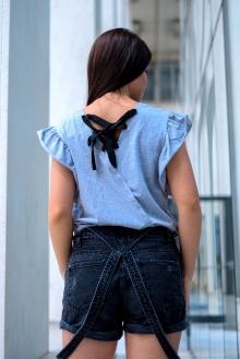Сива тениска с пайети WILD FASHION и гръб с връзки
