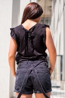 Черна тениска с пайети WILD и гръб с връзки