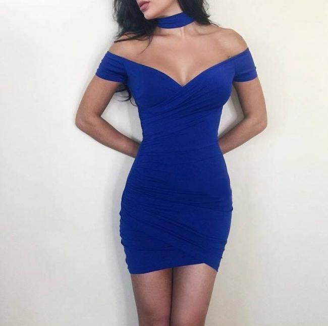 Сексапилна рокля с паднали презрамки