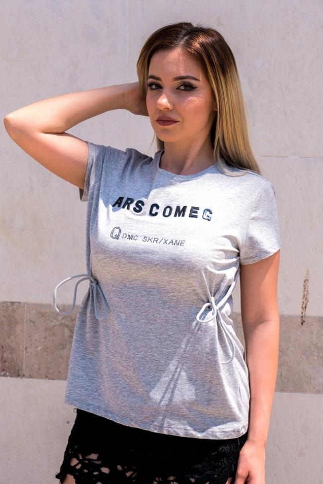 Сива тениска с връзки