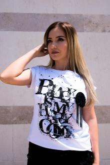 Бяла тениска Black is my happy color